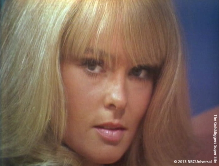 Joey Heatherton Close-up (10-16-69)
